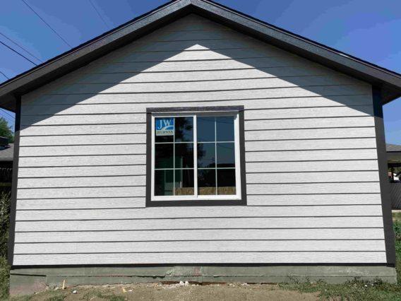 Detached garage in Colorado